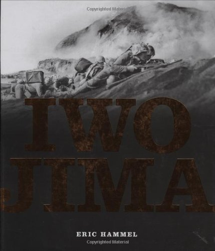 Iwo Jima: Portrait of a Battle: United States Marines at War in the Pacific - Eric Hammel