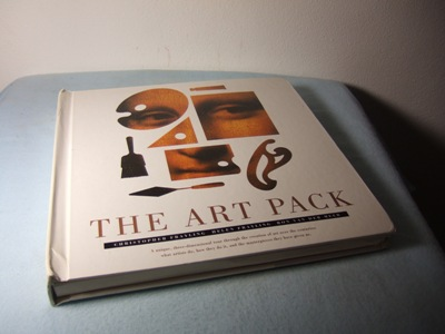 The Art Pack. A unique, three-dimensional tour through the creation of art over the centuries: what artists do, how they do it, and the masterpiece they have given us. - Frayling, Christopher, Helen Frayling and Ron van der Meer